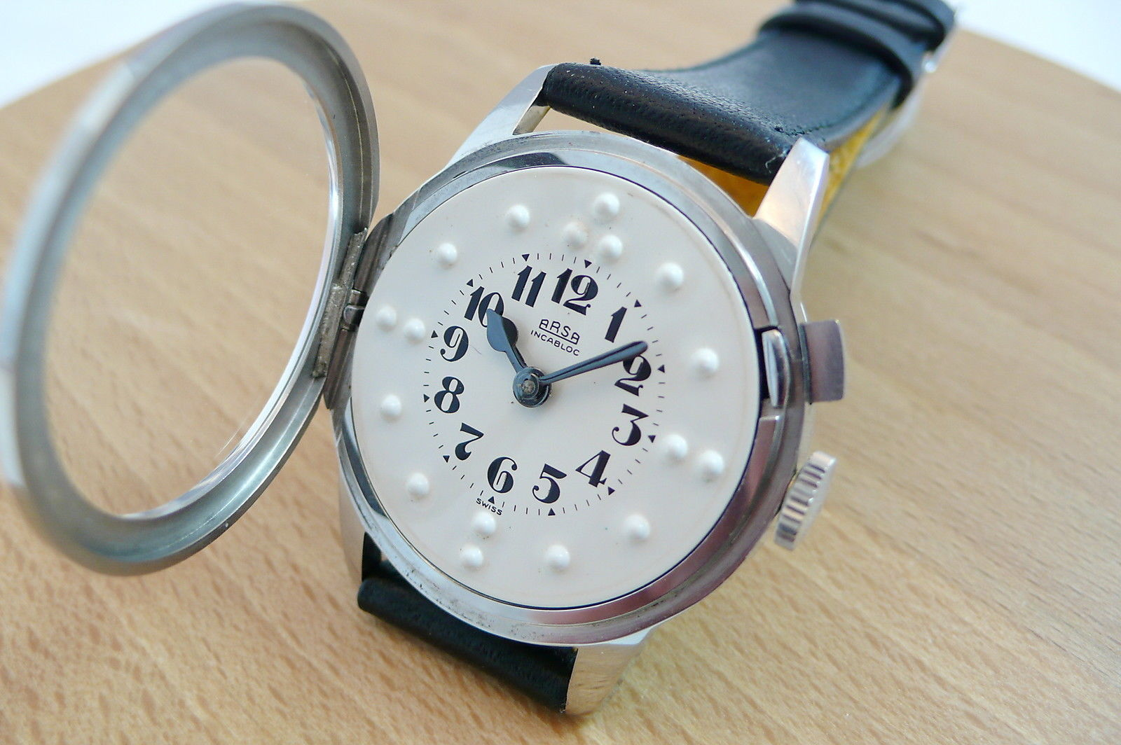 Arsa Braille Watch Open
