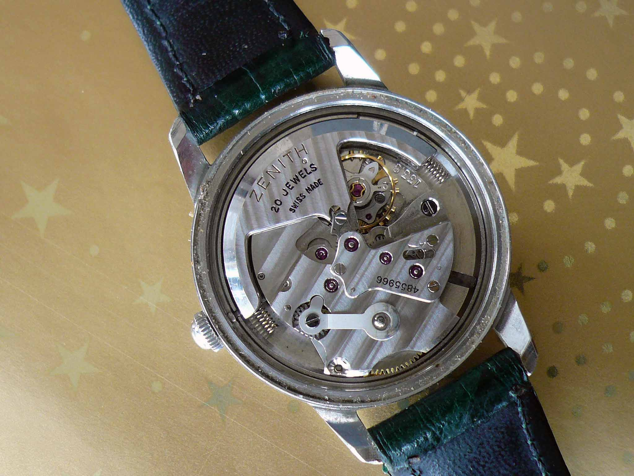 Zenith Bumper Automatic Stainless Steel Movement